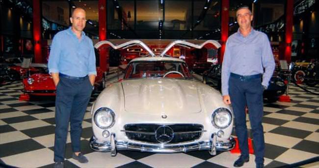 Klasik otomobil tutkularını müze açarak taçlandırdılar