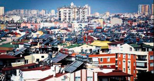Antalya'da çatılar çirkin ve tehlikeli