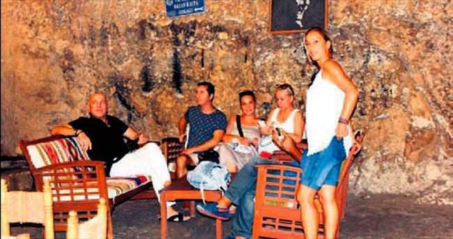 Kaleoğlu Mağarası turistlere barınak oldu