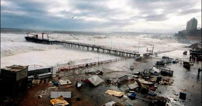 Şili'de şiddetli yağmur 5 can aldı