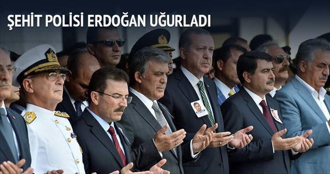 Şehit polisi Erdoğan uğurladı
