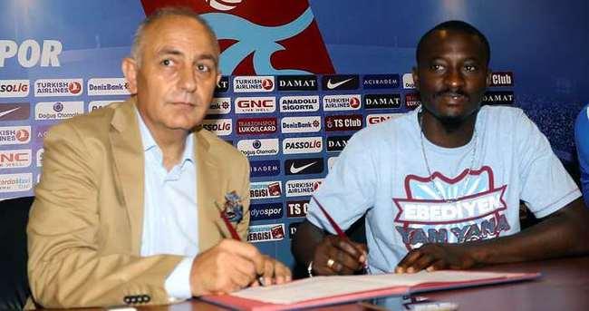 Dame N'doye Trabzonspor'a imzayı attı