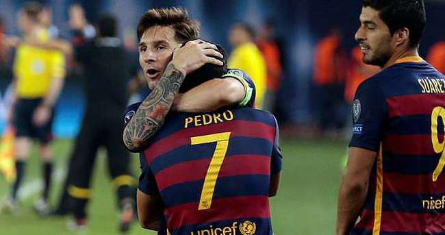 Pedro, Messi'den rol çaldı!