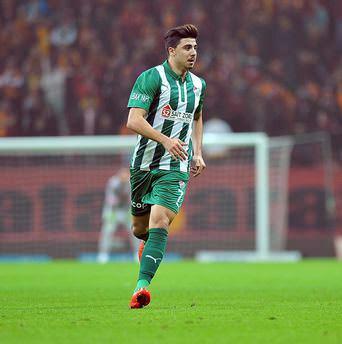 Fenerbahçe Ozan Tufan'ı KAP'a bildirdi