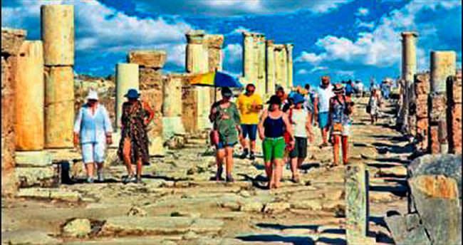 Laodikya'da kazı çalışmaları sürüyor