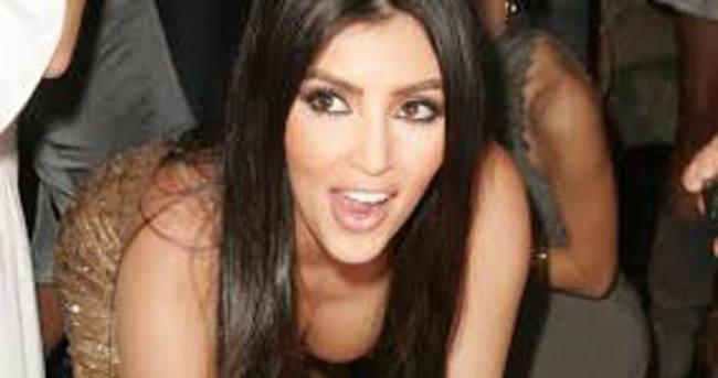 Kim Kardashian bu selfie ile tarih yazdı