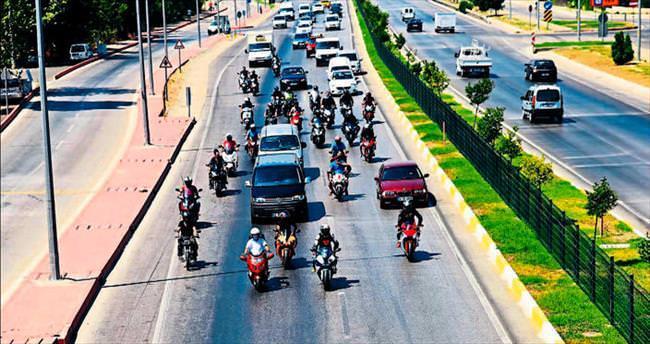 Motosiklet ustasına konvoylu veda töreni