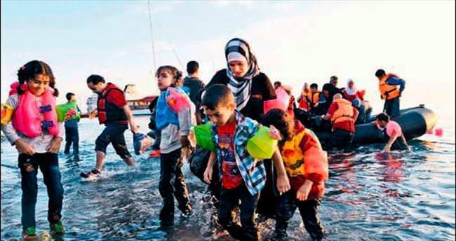 Libya açıkları kırk göçmene mezar oldu