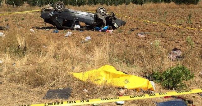 Tekeri kopan otomobil takla attı: 1 ölü, 3 yaralı