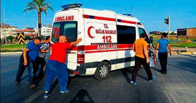 Ambulans da kaza yaptı