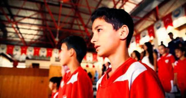 Gölbaşı yaz spor okulunda sertifika heyecanı yaşandı