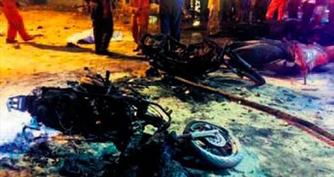 Tapınakta bomba patladı