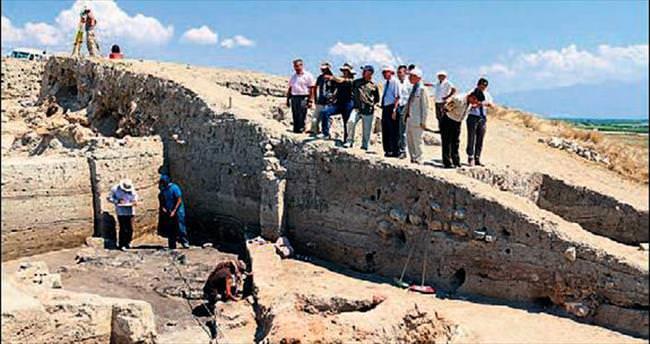 Beycesultan'da 5 bin yıllık yerleşim yeri...