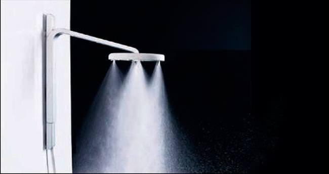 Bu duş başlığı suyu kokluyor