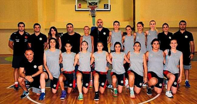 Adana ASKİ sahaya indi