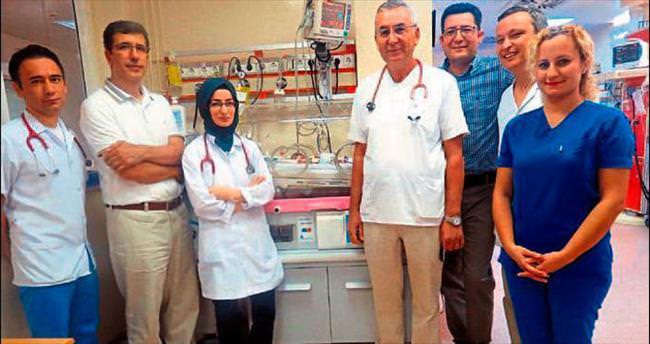 600 gramlık bebek kalp ameliyatı oldu
