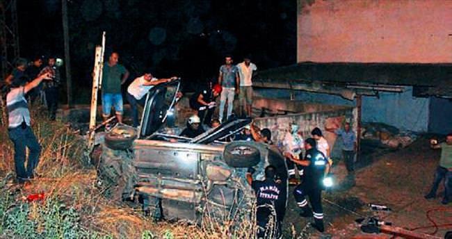 Salihli'de feci kaza: 2 ölü