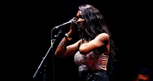 Buika'dan senfonik konser