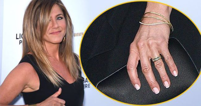 İşte Jennifer Aniston'ın pırlanta yüzüğü