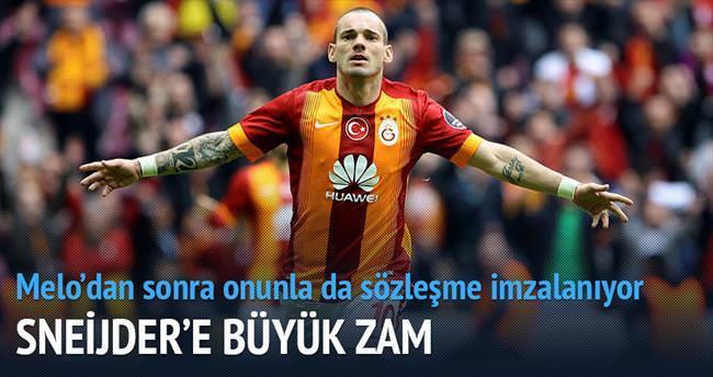 Sneijder'e 400 bin € zam