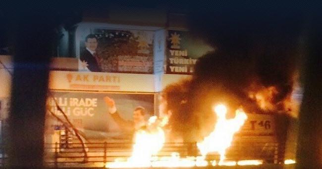 AK Parti il başkanlığına bombalı saldırı...