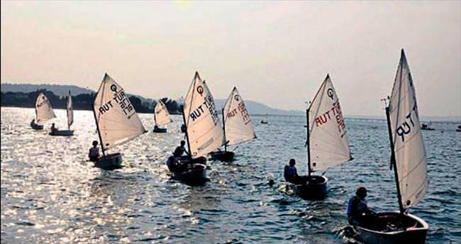 Adana'dan dünya'ya yelken açıyorlar