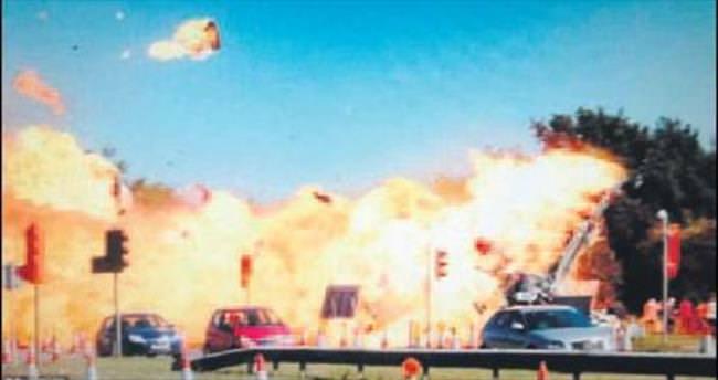 Gösteride yola çakıldı: 7 ölü