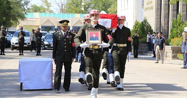 Şehit Uzman Onbaşı Kara memleketine uğurlandı