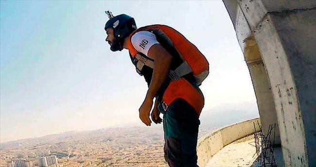 144 metrelik kuleden nefes kesen atlayış