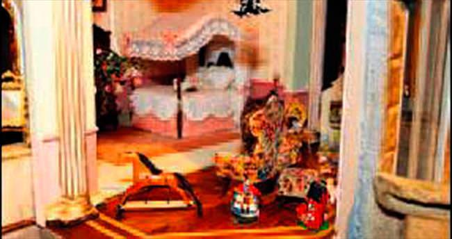 Dünyanın en pahalı oyuncak evi sergide