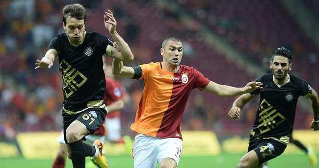 Cimbom evinde Osmanlıspor'a yenildi!