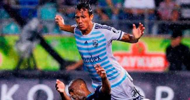 Alves iki hafta tribüne