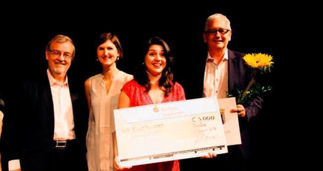 Türk kızına 'en iyi besteci' ödülü
