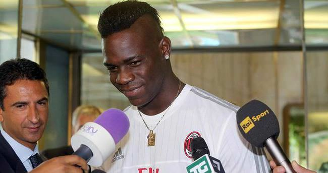Balotelli Milan'a döndü