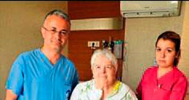 Protez ameliyatıyla sağlığına kavuştu