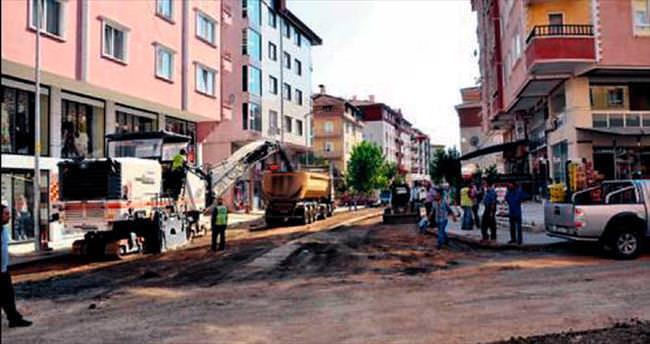 Kazan'da asfalt çalışması başladı