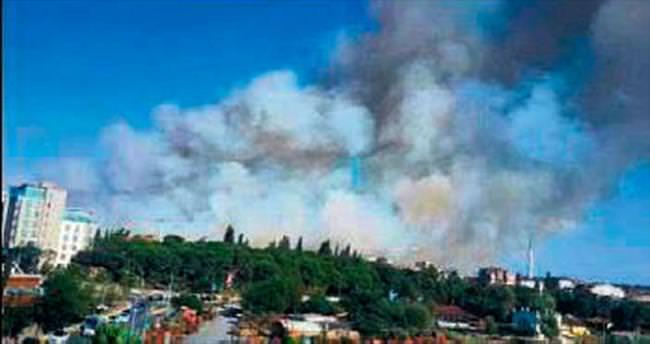 Tuzla'da askeri bölgede çıkan yangın korkulu anlar yaşattı