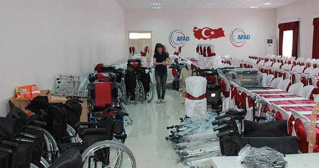 Türkiye'ye sığınan engelli Suriyelilere yardım
