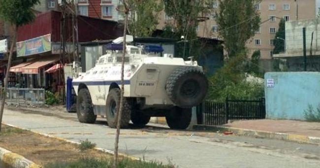 Ağrı'da 'bomba yüklü araç' alarmı