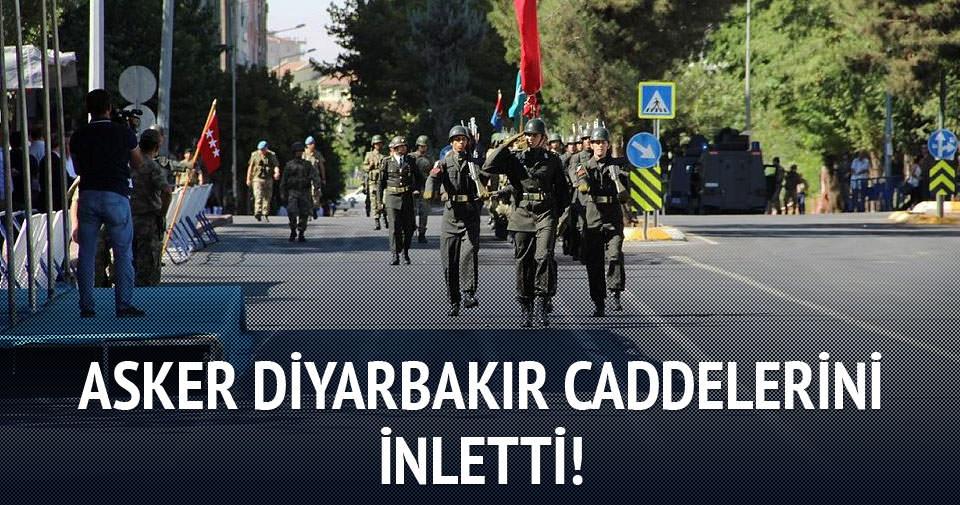 Asker Diyarbakır'ı sloganlarla inletti