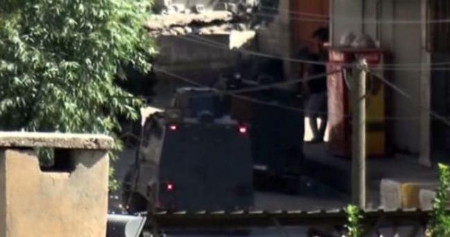 Şırnak'ta polise bombalı pusu: 4 yaralı