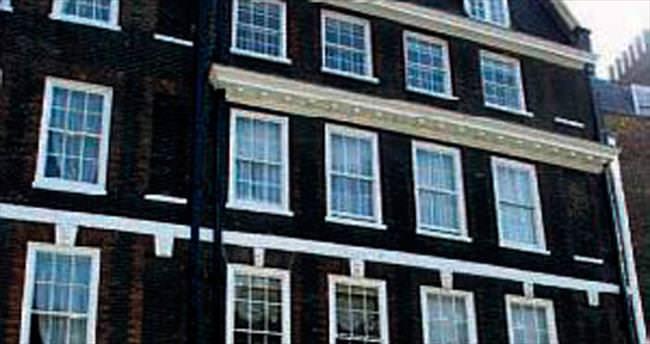 Evi her yıl 1 milyon sterlin kazandırdı
