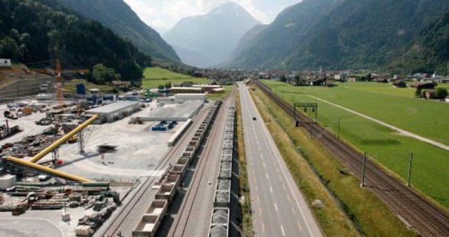 Dünyanın en uzun tüneli tamamlandı