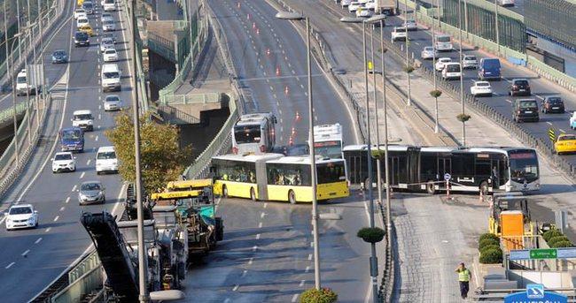 Haliç Köprüsü'nde metrobüs yol çalışması