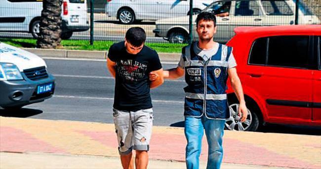 Uyuşturucu satan iki kişi yakalandı