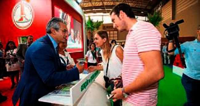 Karşıyaka standında projeler tanıtılıyor
