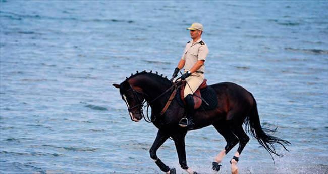 Bursa'nın gururu: Tören atları