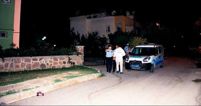 Polis memuru meslektaşı olan sevgilisini vurdu