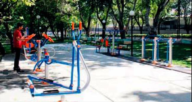 Çankaya parklarına yeni spor aletleri