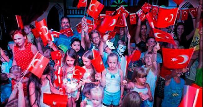 Dünya çocukları bayram kutladı
